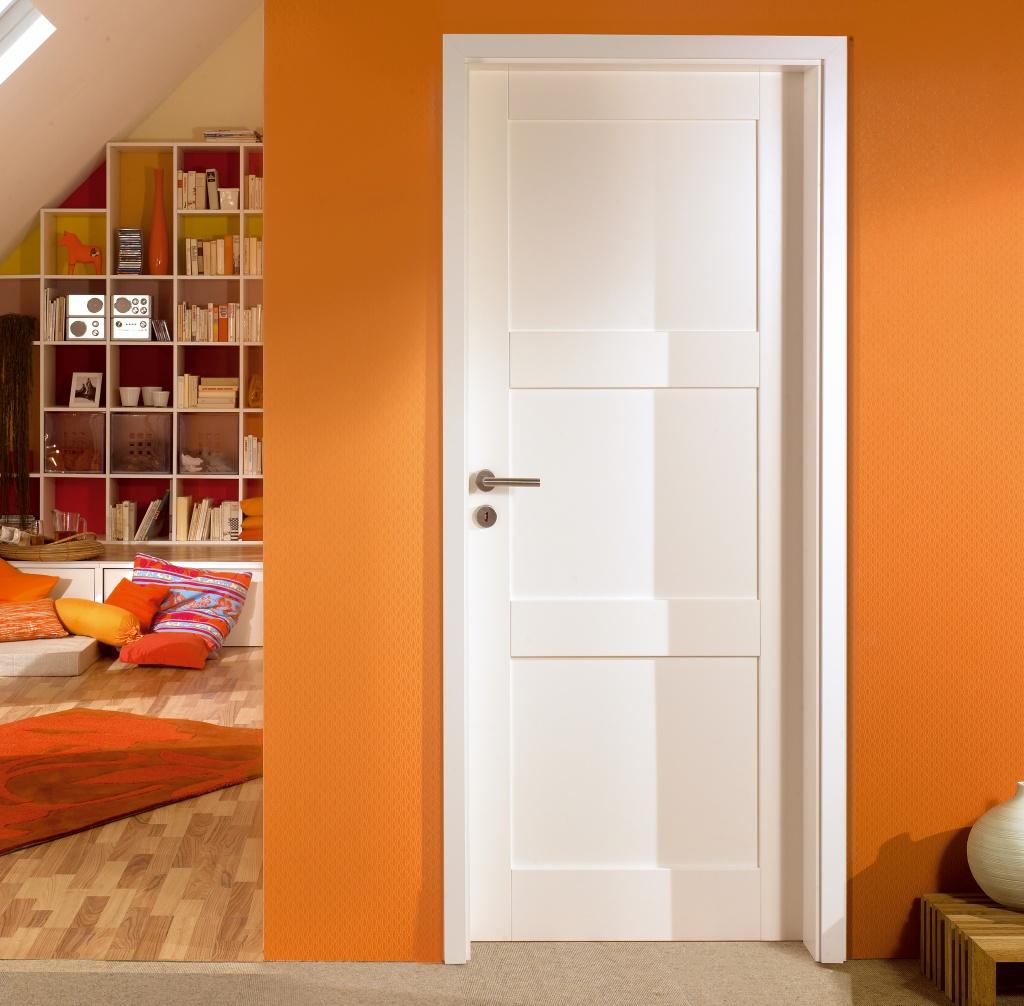 Modern-white-doors-Adera-type-3340-1024x1006